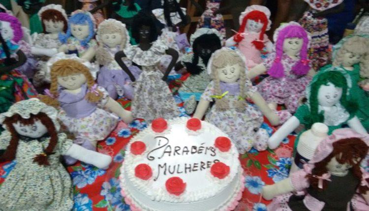 Secretaria de Assistência Social comemora Dia Internacional da Mulher com mulheres do município