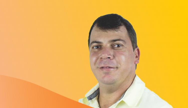 VICE-PREFEITO DE IBIASSUCÊ SOFRE ACIDENTE DE CARRO, MAS PASSA BEM